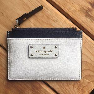Adorable Kate Spade coin purse/ card holder !